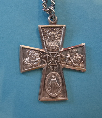 "4-Way Gothic Sterling Medal w/24"" S Chain"