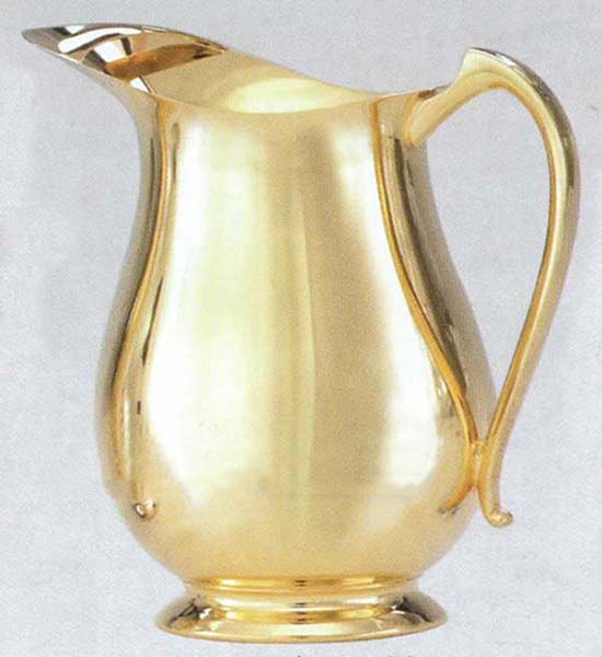 "Flagon Gold Plate 10"" high 54 oz. 9757G"