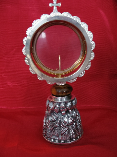 "Monstrance with 3-3/4"" Luna, 12 Apostles Base, 7-3/4"" h, Silver-Gold Plate"